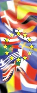 Fahne: Europäische Fahnen hinter den EU-Sternen