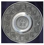 Zinnteller mit Wappen Bundesländer, Adler mittig